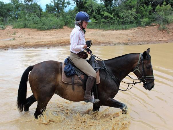 twt-ride-day-2-lulu-in-water